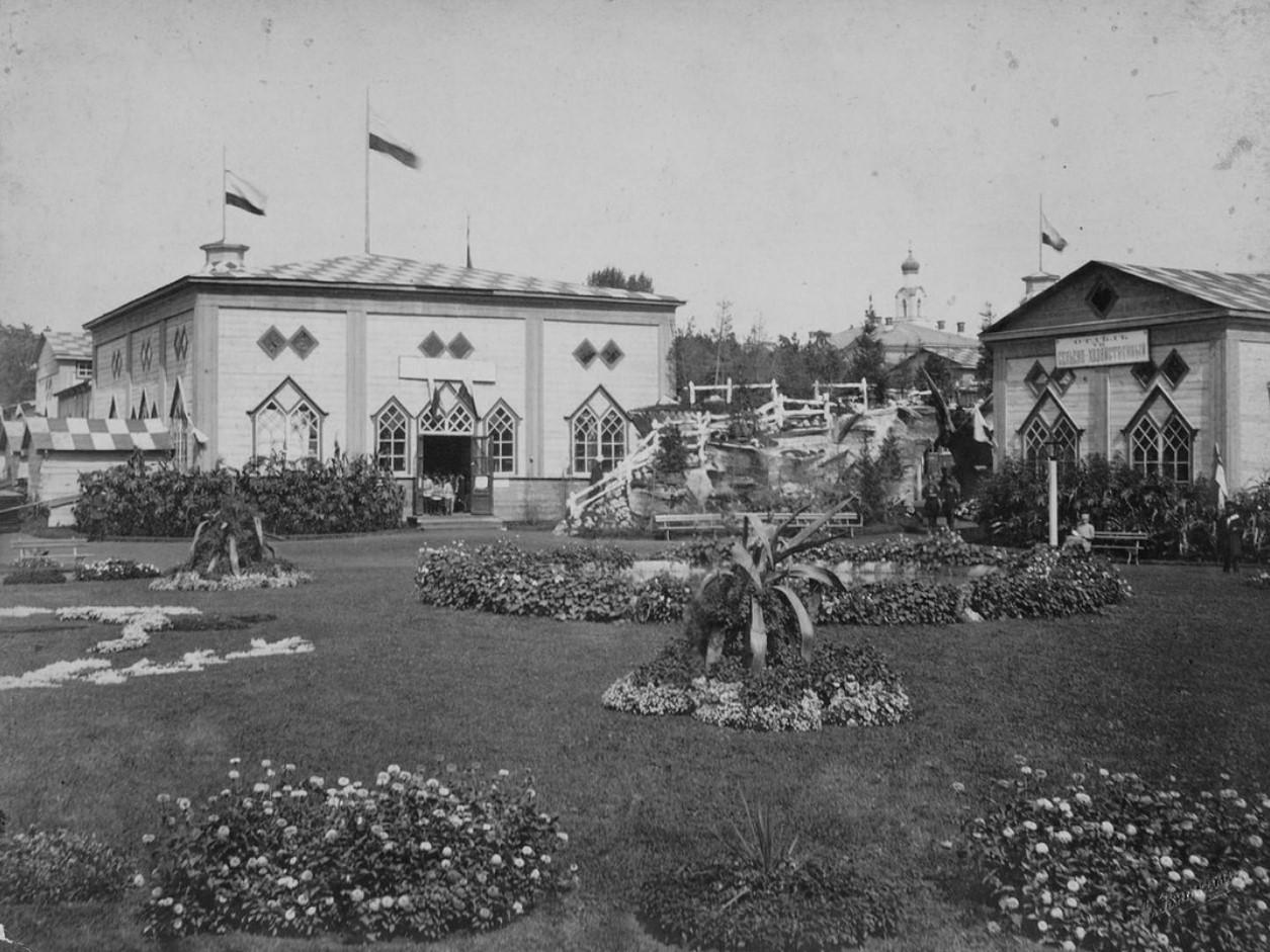 Павильоны Выставки в Державинском саду
