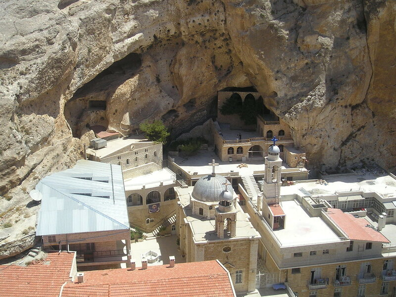 Maaloula-St-Thecla_from_top_of_rock.jpg
