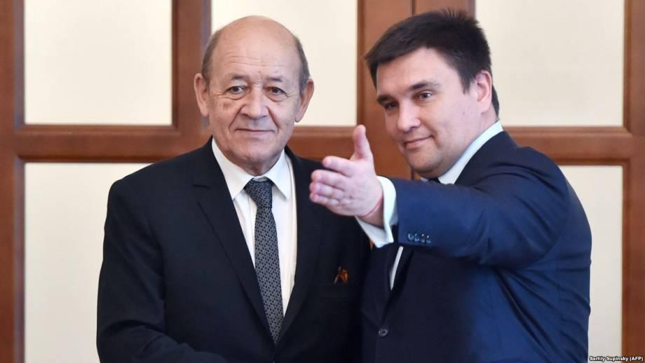 Правительство Франции выделяет полмиллиона евро на поддержку жителей Донбасса