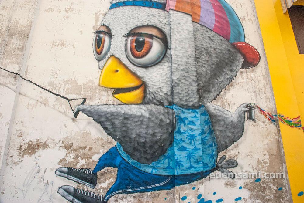 Граффити в Пхукет-Тауне