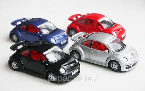 Машинка Kinsmart Volkswagen New Beetle RSi
