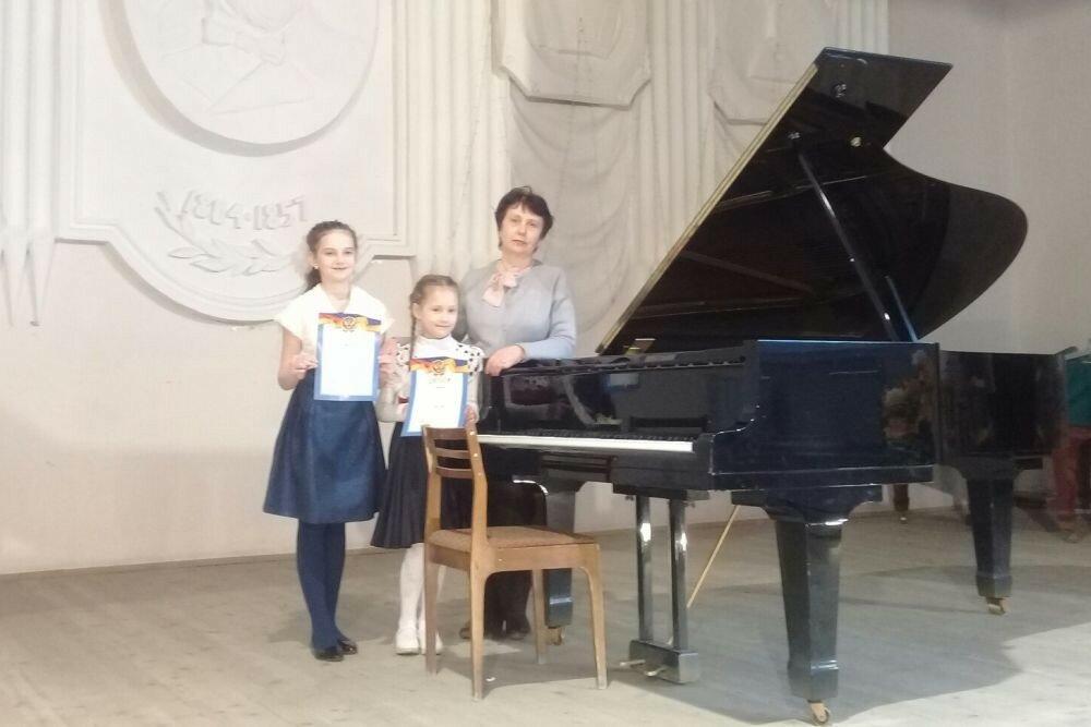 Татьяна Васильевна Ершова с ученицами
