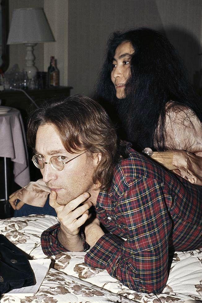 1977. Джон Леннон и Йоко Оно