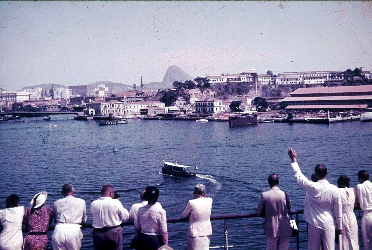Рио-де-Жанейро. Вид с пассажирского судна на город