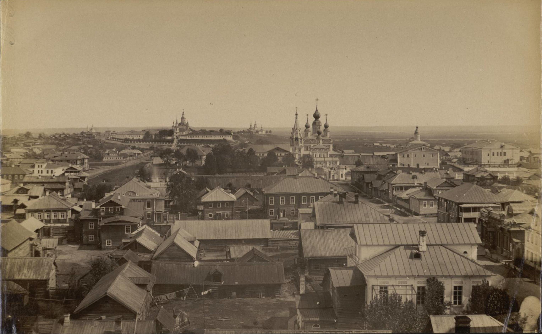 Вид с колокольни Успенского собора на северо-восток