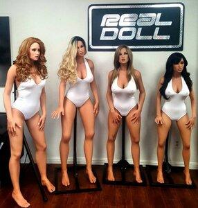куклы для борделя.jpg