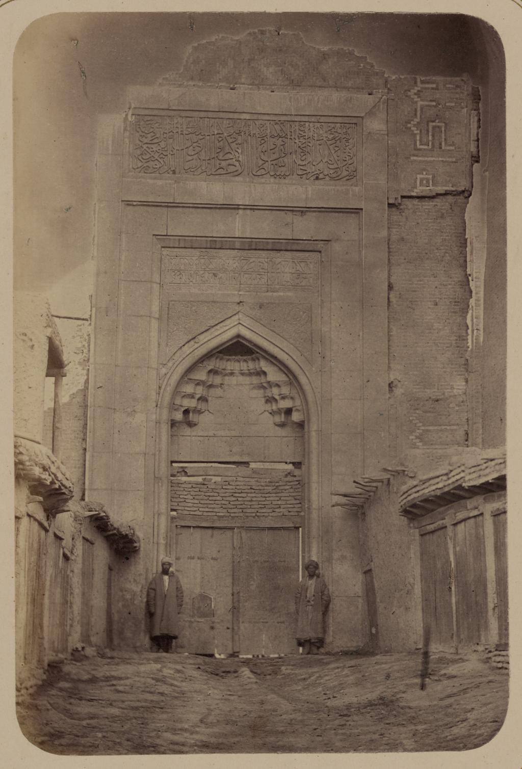 Медресе Биби Ханым. Ворота главного входа