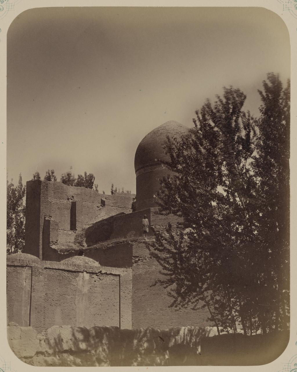 Мечеть Намазга. Вид на мечеть с северо-востока