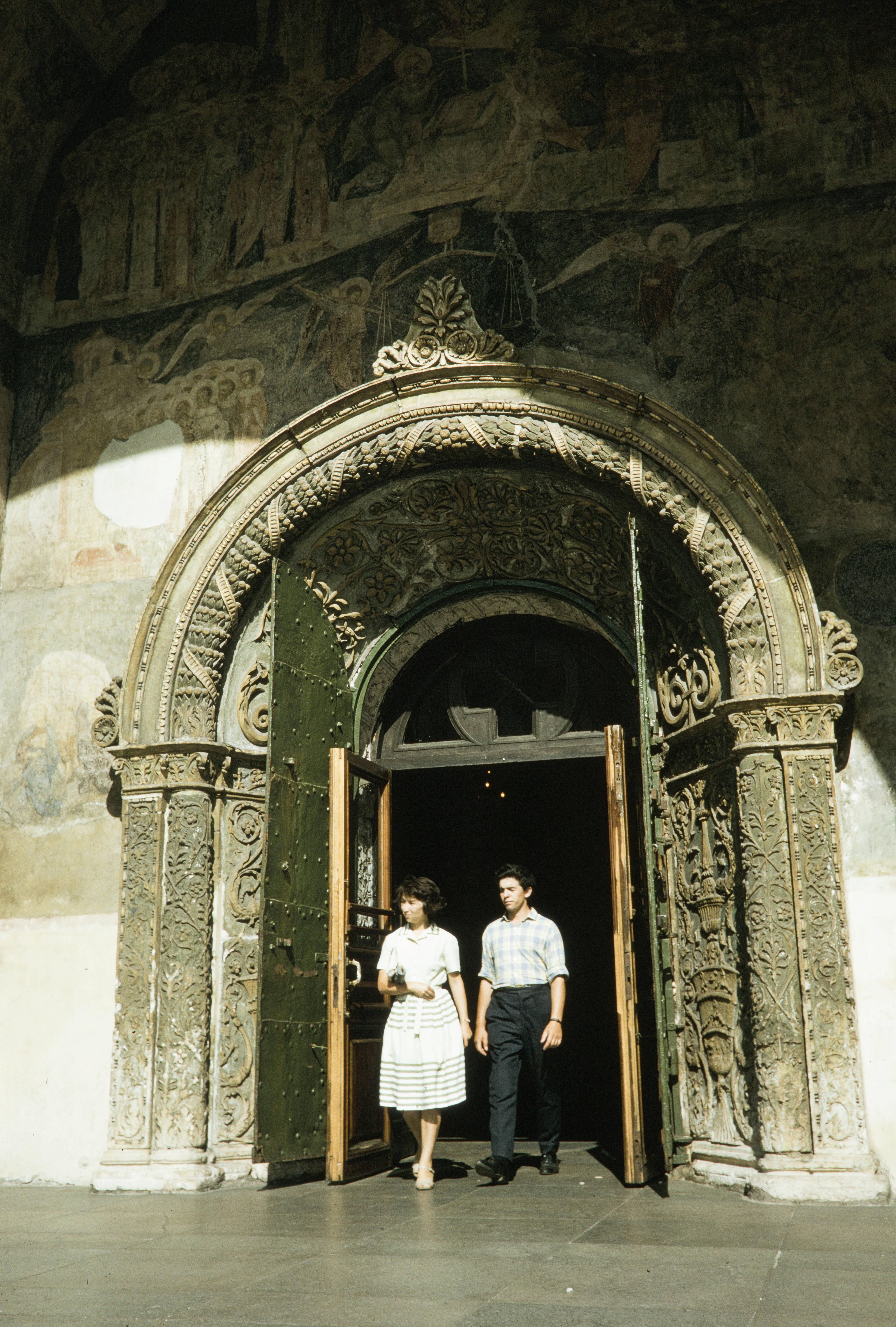 Портал Архангельского собора