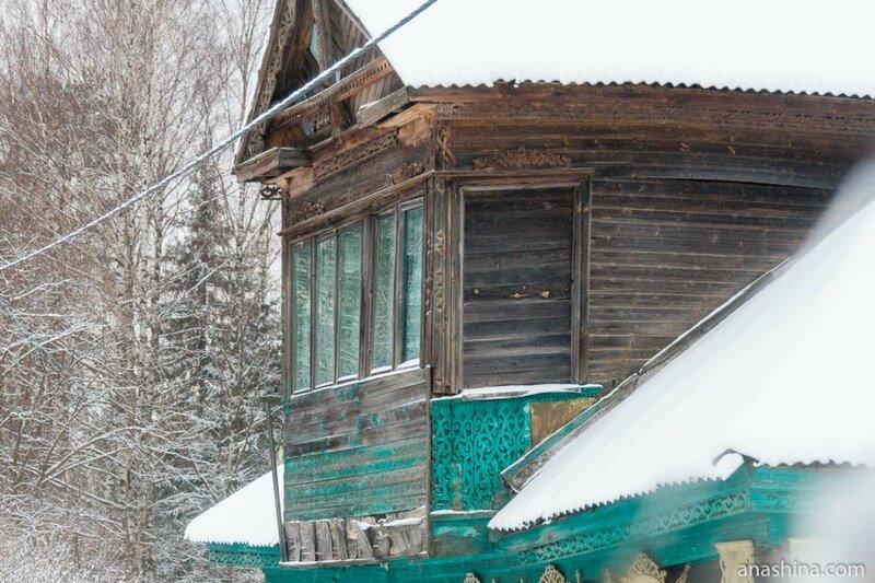 Резной мезонин, Ярославская область
