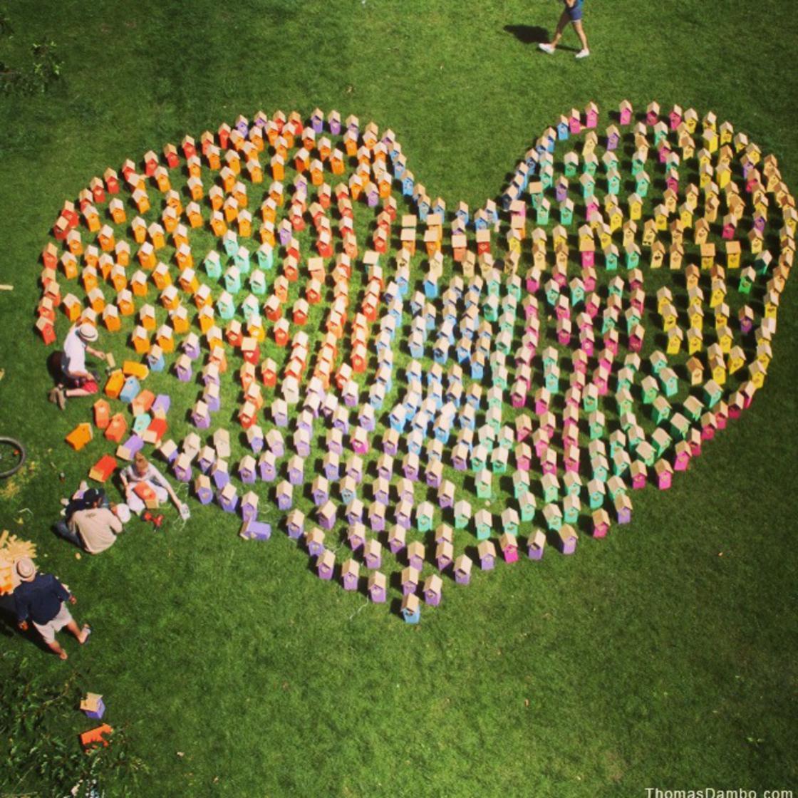 This street artist has built more than 3500 urban bird houses!