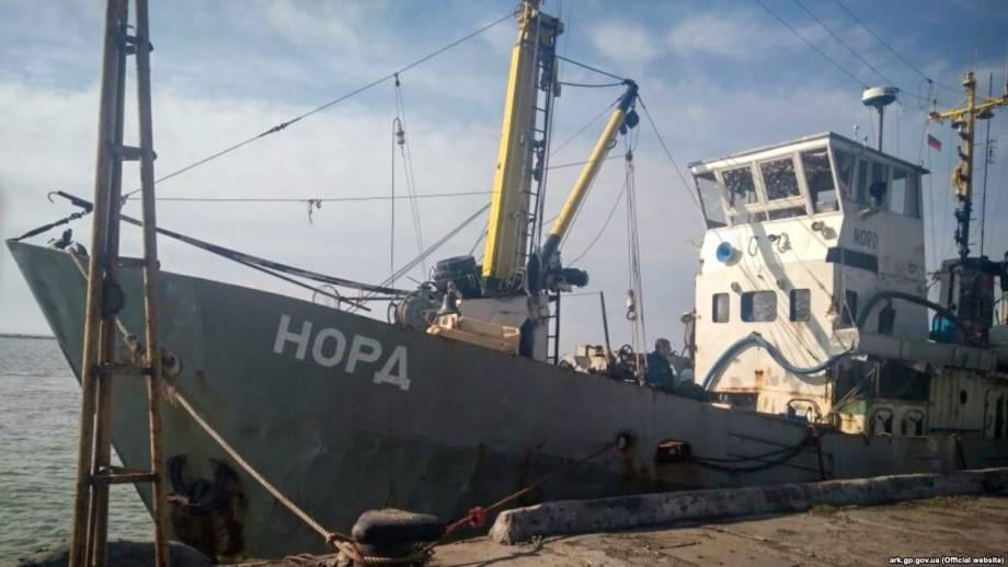 Адвокат посетил моряков с задержанного за нарушение законов Украины судна «Норд»
