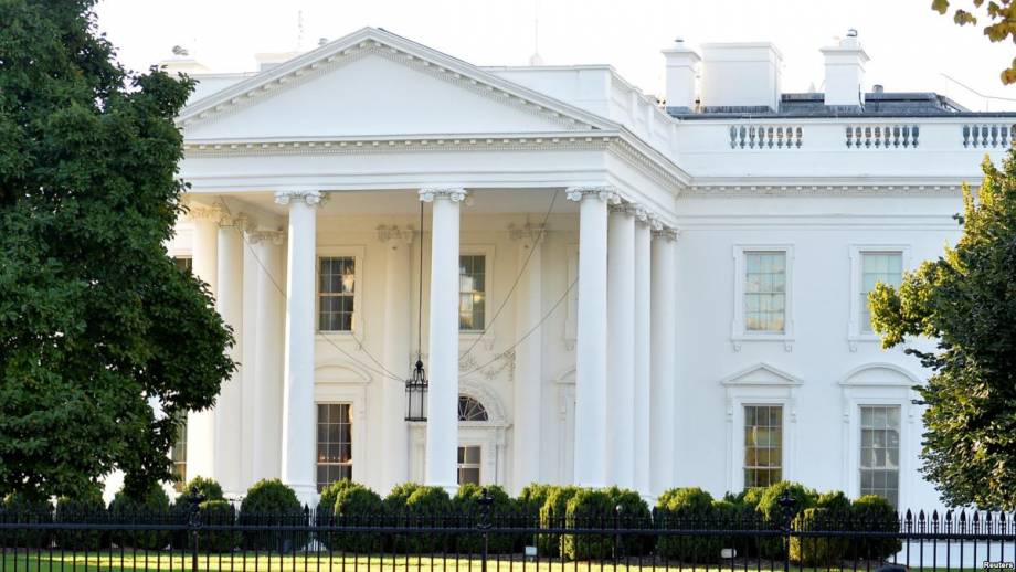 Белый дом не подтвердил сообщение о новых санкциях в отношении российских олигархов