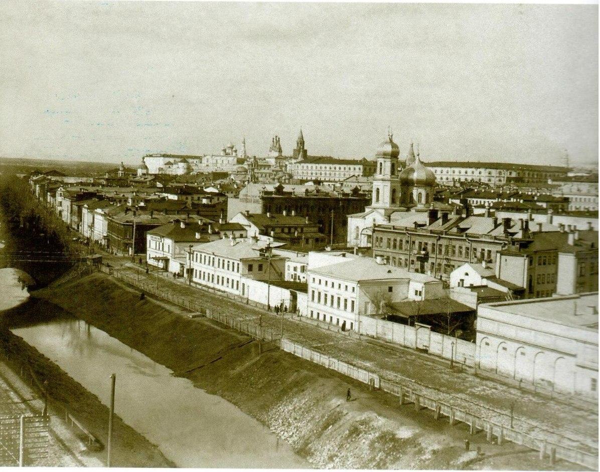 Вид на город и протоку Булак с Реального училища