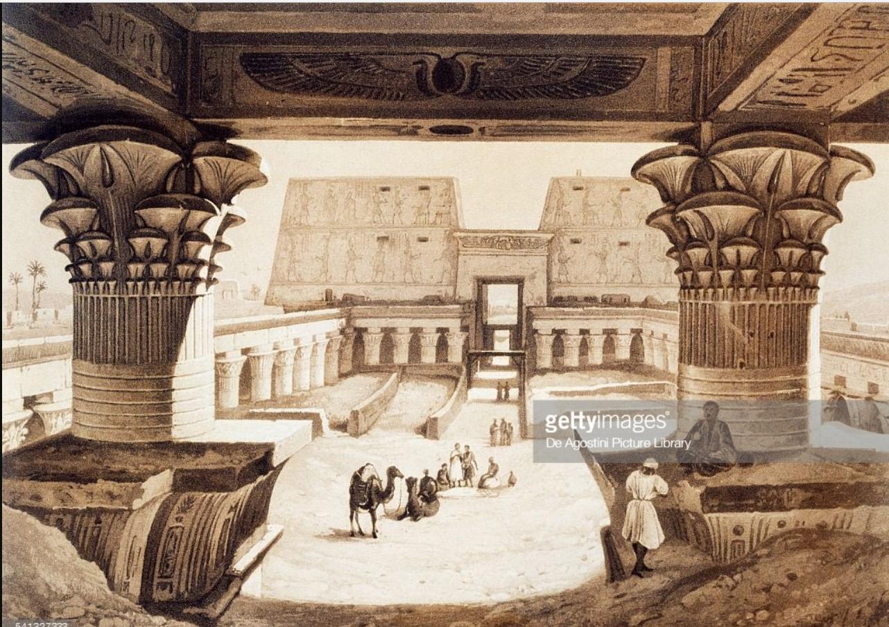 1841. В передней части Храма Хора в Эдфу