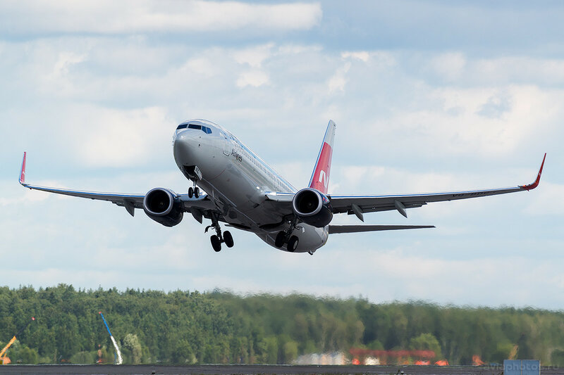 Boeing 737-8SH (VQ-BDC) Nordwind 0406_D803323