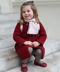 47E7C74C00000578-5248401-Princess_Charlotte_s_first_day_at_nursery_school_has_been_marked-a-1_1515457064383.jpg