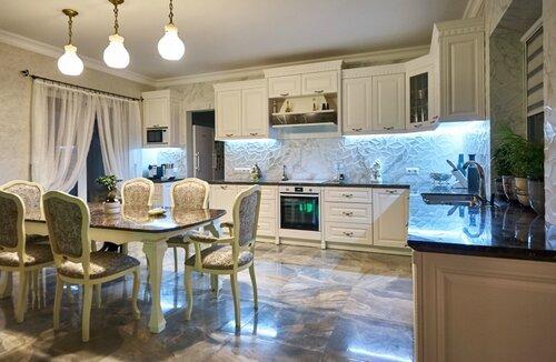 021 кухня, столовая, столешницы из мрамора