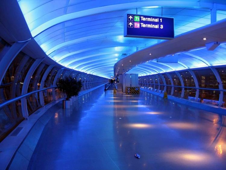 Аэропорт Манчестера эвакуирован из-за подозрительной сумочки