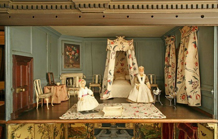 Кукольный домик XVIII века в стиле шинуазри