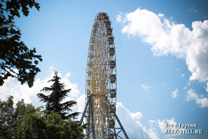 Колесо обозрения в парке Мтацминда