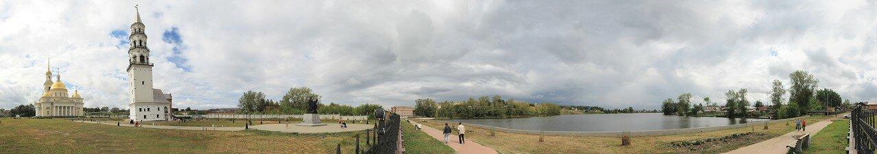Невьянск. Набережная, собор и башня. Панорама