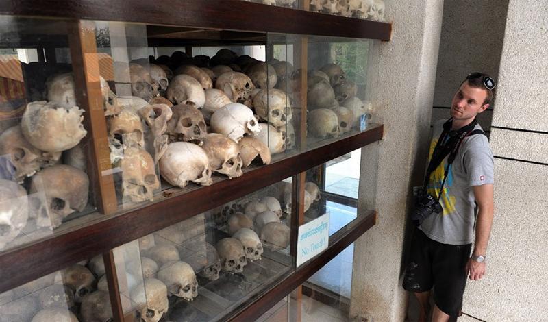 Камбоджа В эту страну прилетают не только за отдыхом. Здесь расположены сразу несколько музеев геноц
