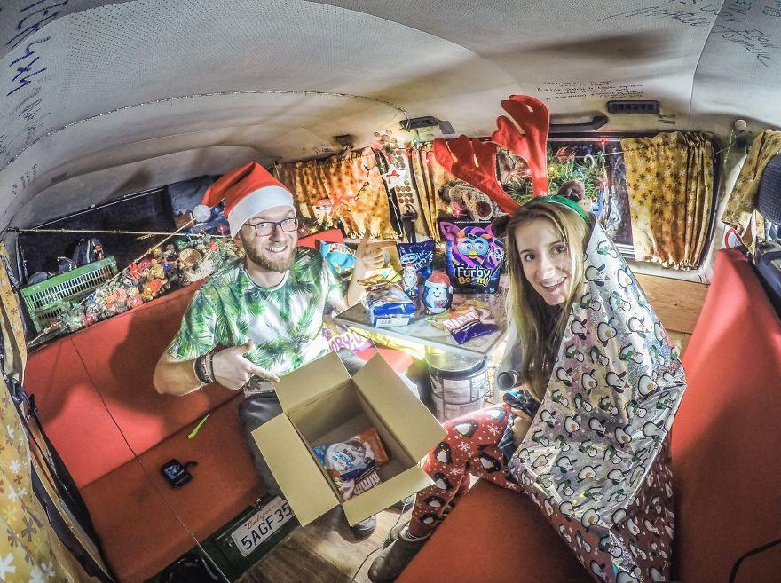 18 Праздновали Рождество в нашем фургоне