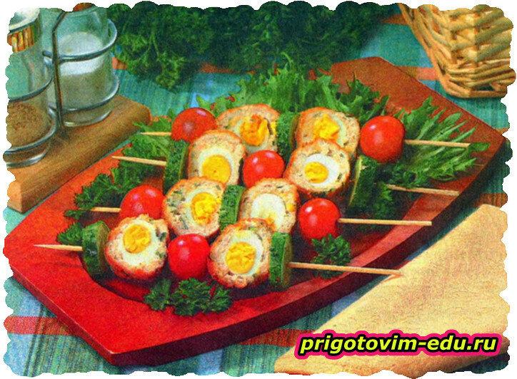 Шпажки с яйцами