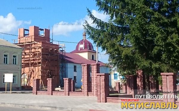 Продолжаются работы по восстановлению церкви