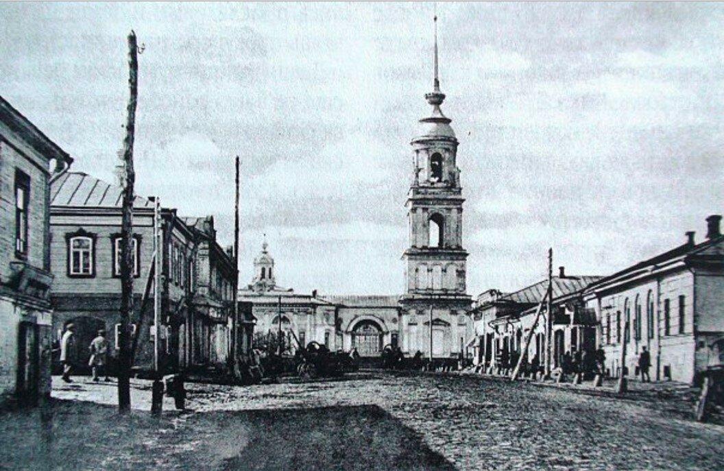 Угол Садовой и 2-й Мещанской улиц