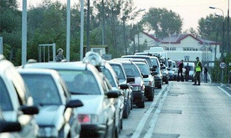 Пробки в Молдове это реальность - километровые на границах