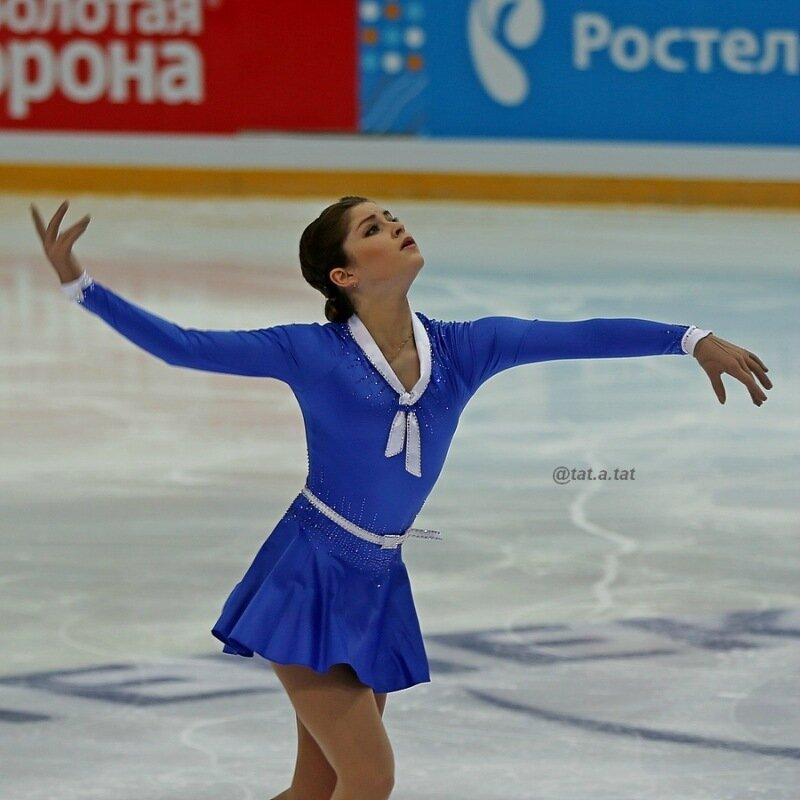Юлия Липницкая - 5 - Страница 16 0_17695e_395e0cc9_XL