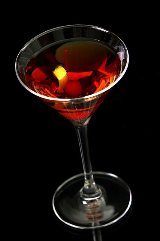 Легенды о напитках: как появились 10 знаменитых коктейлей