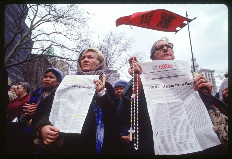 Христиане протестуют против рассмотрения законопроекта, который будет гарантировать равноценные прав