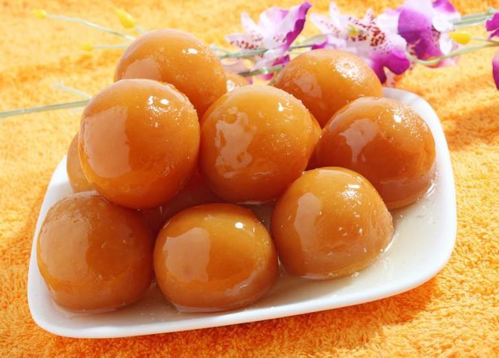 1. Гулаб Джамун (Индия) Основными ингредиентами для приготовления этого блюда являются мука, молоко,