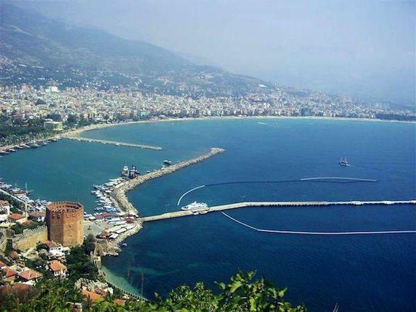 5. Средиземное море турки называют Белым морем. 6. Турки — прирожденные торгаши. 7. В восточно