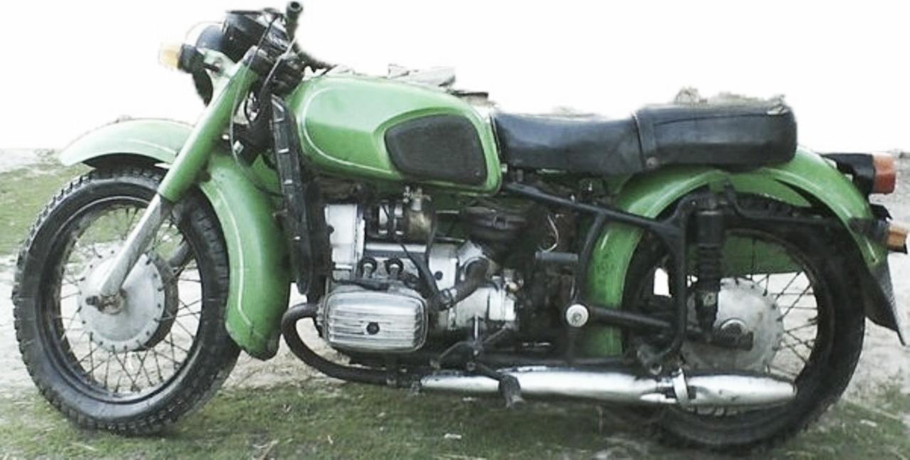 Урал Единственный российский тяжёлый мотоцикл, выпускаемый на Ирбитском мотоциклетном заводе В подав