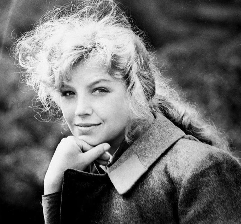 Ольга Остроумова Советская и российская актриса театра и кино с большими и красивыми глазами.