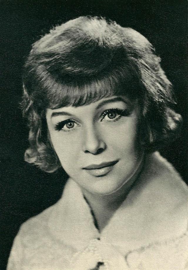 Нинель Мышкова Среди плеяды красивейших советских актрис Нинель Мышкова заняла особое место. Она был