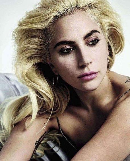 Леди Гага представила новый клип