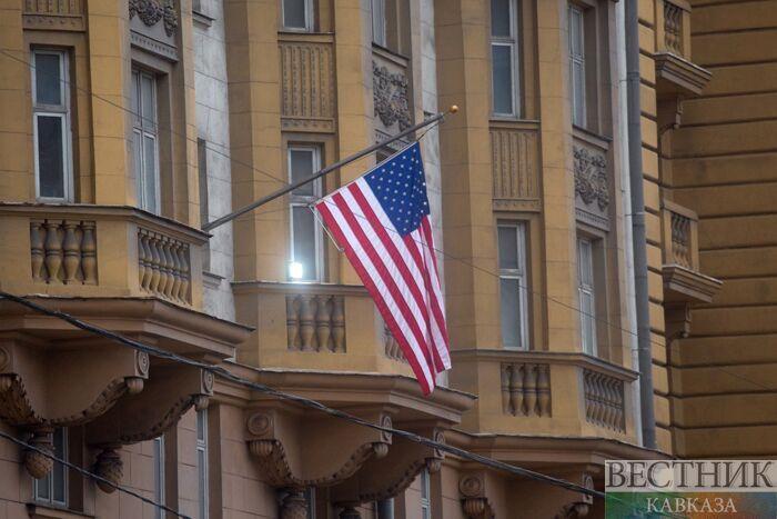 Путин пригласил детей американских послов в РФ наелку вКремль