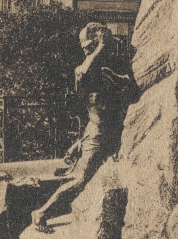 Bismarckbrunnen Flensburg - 1903 - Figur
