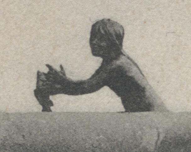 Bismarckbrunnen Flensburg - 1906 - Skulptur mit Fisch