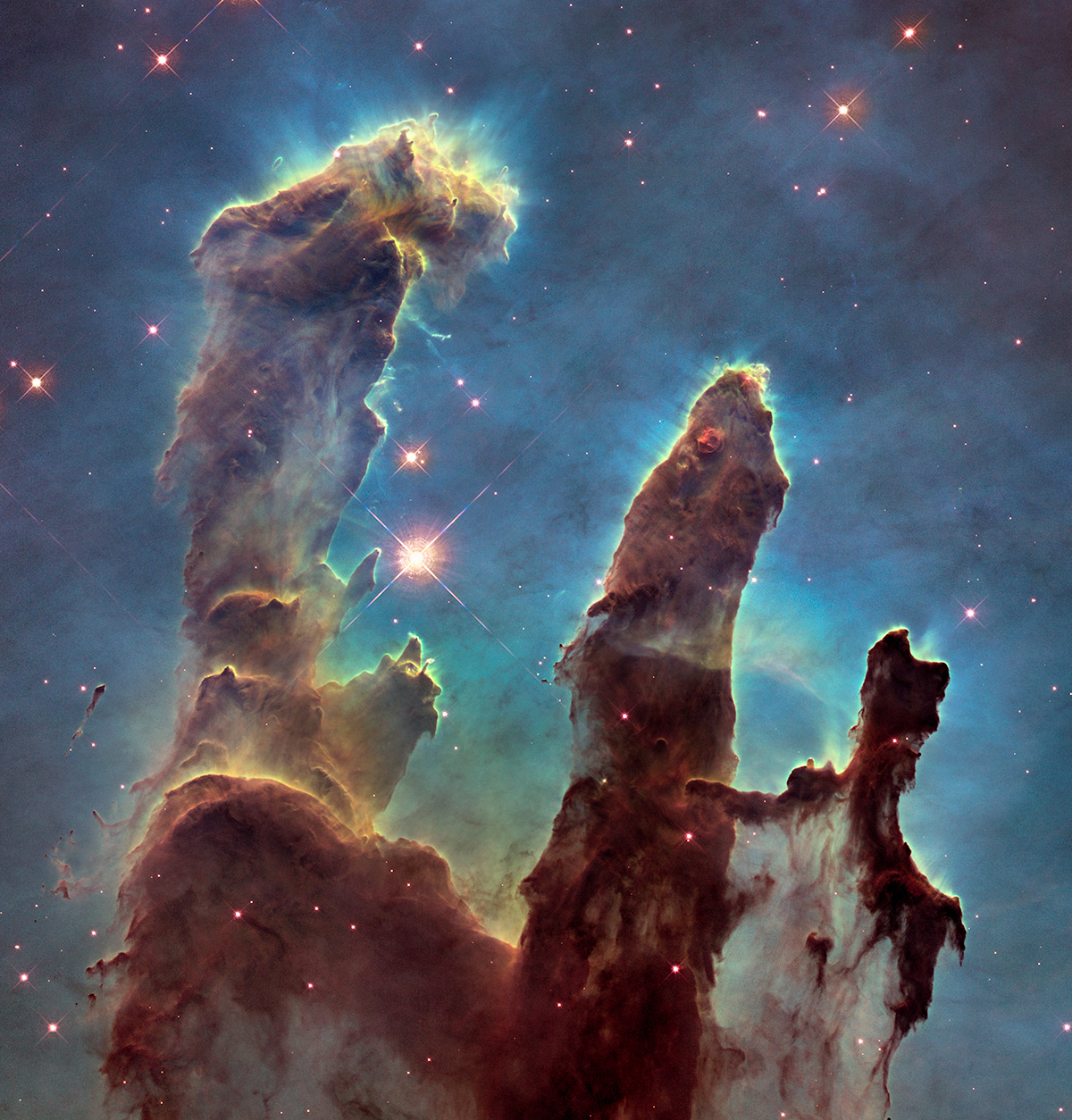 New view of the Pillars of Creation, visible light, detail. NASA, ESA/Hubble and the Hubble Heritage