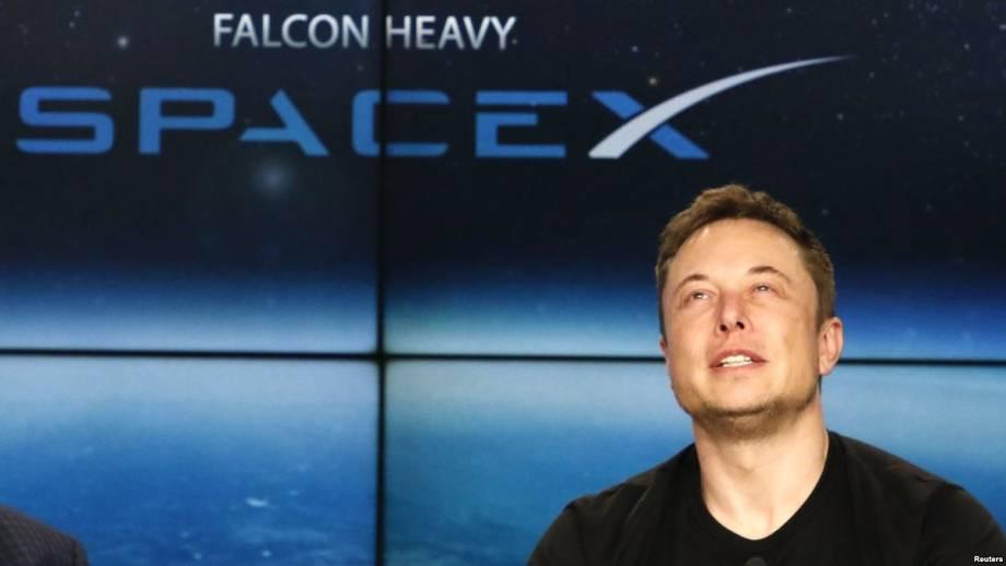 SpaceX и Tesla удалили страницы в Facebook на фоне расследования относительно использования данных