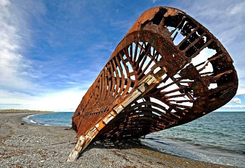 0 182c08 1eb5b94b orig - На мели: фото брошенных кораблей