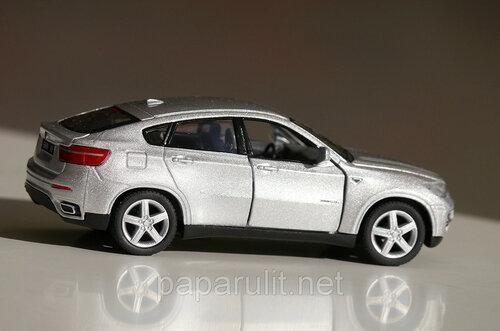 Машинка металлическая BMW X6