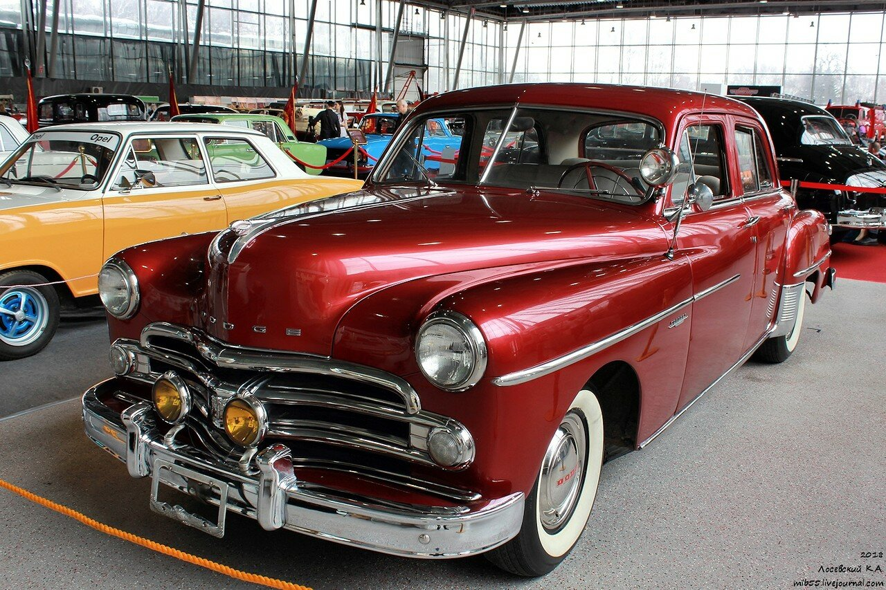 28 Dodge Coronet.jpg