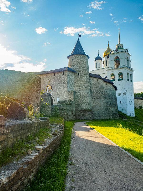 Кром. Троицкая башня, 1400-1401 гг.